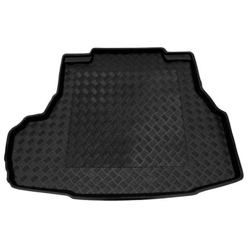 Chevrolet Epica Boot Liner. 06 on