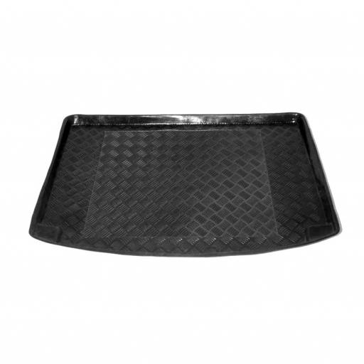 Chevrolet Rezzo Boot Liner. 04 on