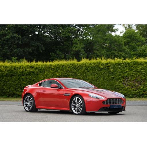 Aston Martin V12 Vantage Car Mats